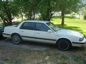 1990 Oldsmobile Cutlass Ciera International
