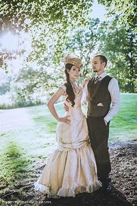 489 best steampunk weddings 192039s images on pinterest for Wedding dress steaming