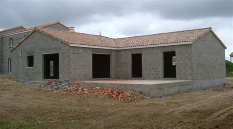toiture de maison en tuiles coeur dunivernais