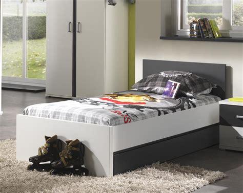 chambre en blanc chambre en gris et blanc finest chambre gris meuble blanc