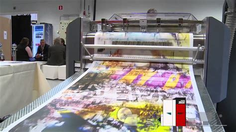 Digital Wallpaper Printing by Digital Printing Production Of Wallpaper Rolls With