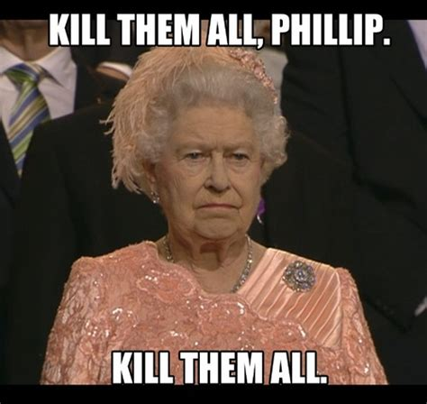 Queen Of England Memes - reddit what does the queen of england keep in the handbag she s always holding askreddit