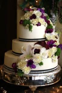 exquisite cookies 3 tier wedding cake with fresh flowers