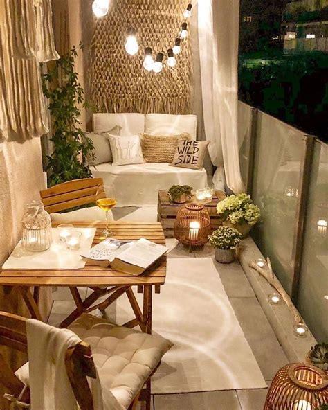 44 Atemberaubende Winter Balkon Deko Ideen Sie sind am