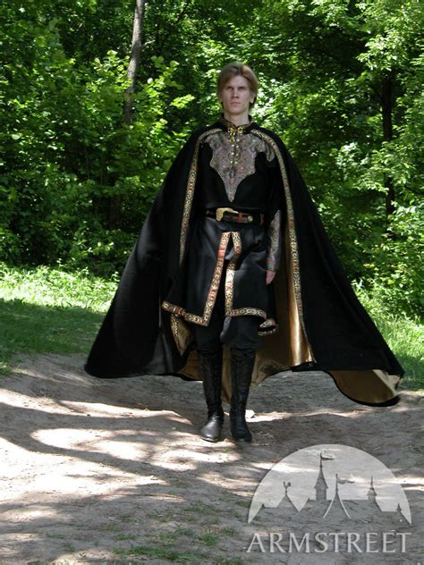 This is great 1/2 round wool medieval black cloak with ...