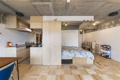 Small Japanese Apartment Splits Up Space With Partitions