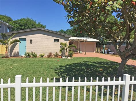 Private Home 2 Blocks From Cocoa Beach Firepit Game Room