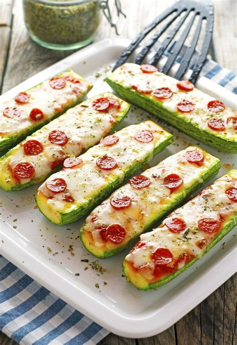 Recipe For Zucchini Pizza Boats by Best 25 Zucchini Pizza Boats Ideas On 3 For