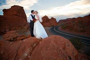 Scenic las vegas weddings chapel 2018 all you need to for Scenic las vegas weddings