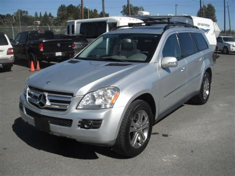 The gl450 and gl320 cdi are equipped identically, save for their powertrains. 2008 Mercedes-Benz GL 450 4Matic with 3rd Row Seating ...