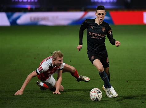 Man City's Phil Foden must not try to be Kevin De Bruyne ...
