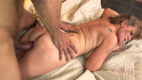 Milf Darla Crane Needs This Big Cock Pounding Her Pussy PornID XXX