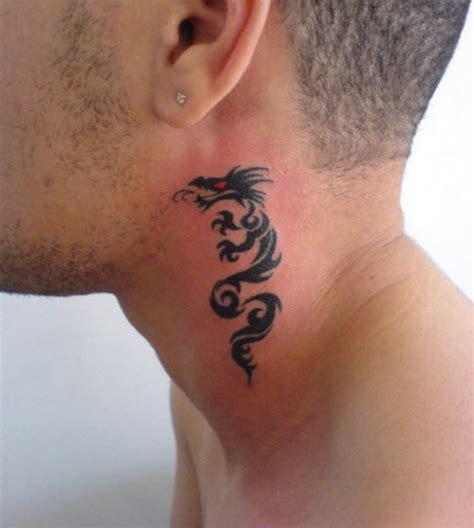 Tatouage Cou Homme Id 233 Es De Tatouage Sur Le Cou