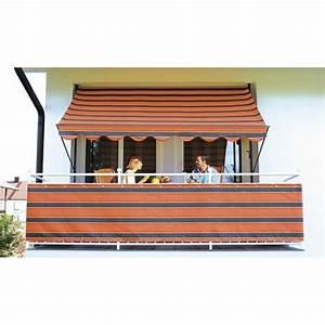 balkon sichtschutz praktische ideen fur den sommer With markise balkon mit tapete altrosa streifen