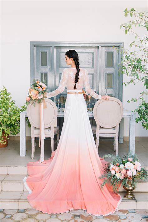 coral colored wedding centerpieces dip dye wedding ideas in ombré and coral hey