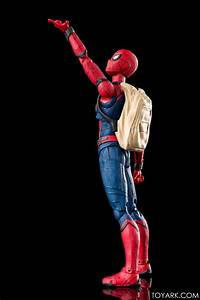S.H. Figuarts Homecoming Spider-Man with Act Wall Photo ...  Spiderman