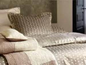 Linge De Maison Descamps : linge de lit tons naturels chez descamps par benita ~ Melissatoandfro.com Idées de Décoration