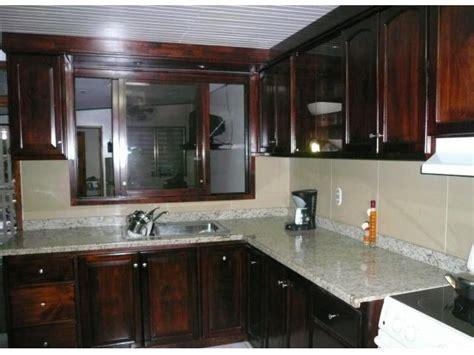 muebles  cocina  sobres en granitos central