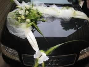decoration voiture cortege mariage deco mariage voiture robe de mariée