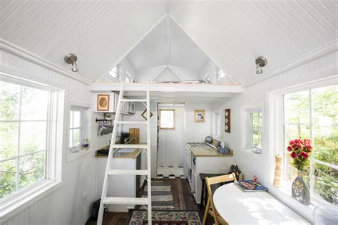 Tiny Häuser In Deutschland Erlaubt by Tiny House Big Benefits Freedom From A Mortgage And