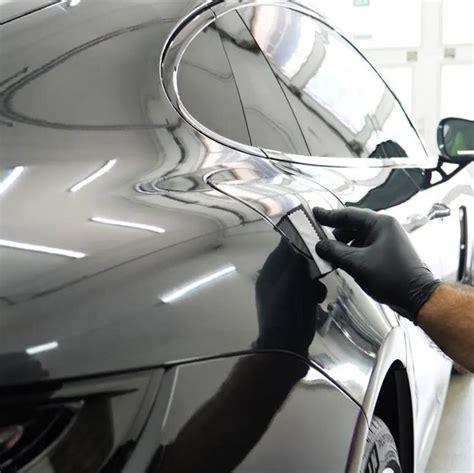 Auto interjēra un eksterjēra kopšanas pakalpojumi.