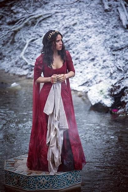 Adria Arjona Emerald Dorothy Gale Costume Fairy
