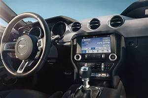 2017 Ford® Mustang Sports Car   Photos, Videos, Colors ...