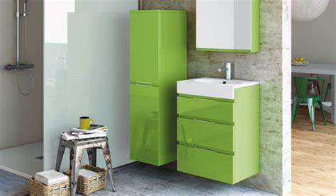 mini meubles pour mini salle de bains