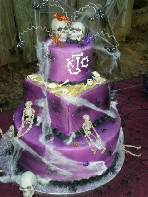 original halloween wedding cakes weddingomania