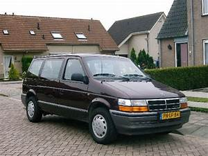 1996 Chrysler Voyager - Pictures