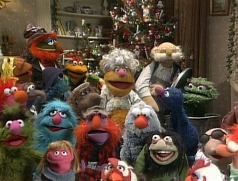 Nice Muppets Family Christmas Adornment