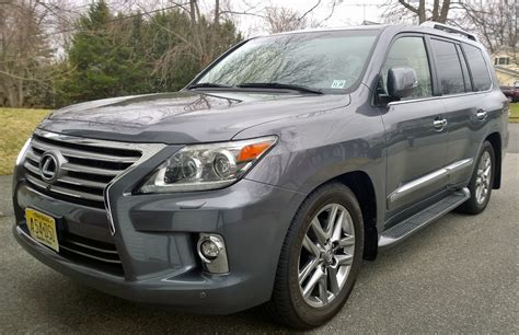 2014 Lexus Lx 570: My What A Big Everything You Have
