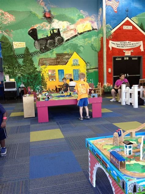 creation station at the st louis transportation museum 464 | creation station 56a9026e3df78cf772a2c898