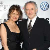 Jonathan Pryce Birthday, Real Name, Age, Weight, Height ...