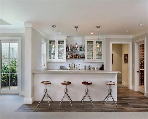 Kitchen Remodel Ideas With Oak Cabinets - shades of white cagne bar de salon san francisco par sdg architecture inc