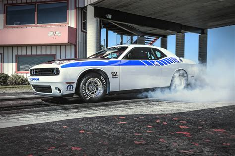 dodge challenger drag pak revealed
