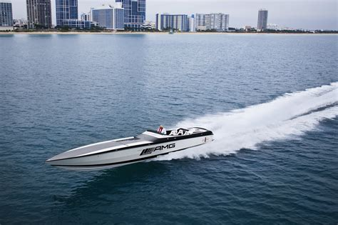 Cigarette Boat Offshore by Powerboat Boat Ship Race Racing Superboat Custom Cigarette