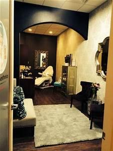 Phenix Salon Suites Franchise – The Suites