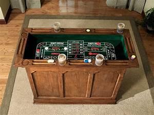 Bar A Roulette : powell tahoe antique oak gaming bar cabinet with chips dice and cards pw 647 475 at ~ Teatrodelosmanantiales.com Idées de Décoration