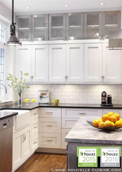 armoire de cuisine blanche les 25 meilleures idées de la catégorie comptoirs de