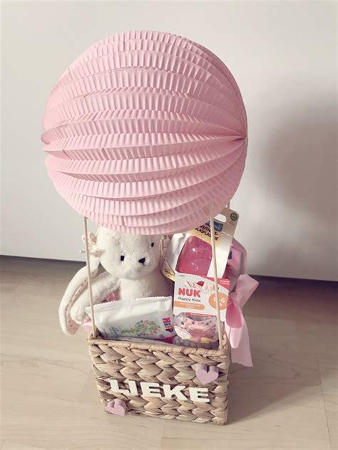 baby geschenke ideen geschenk zur geburt hei 223 luftballon baby geschenk m 228 dchen