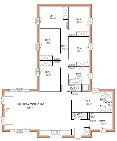 plan maison 5 chambres plan maison en u 6 chambres