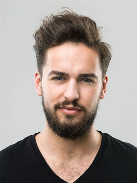 9 hairstyles for men with long face and tall forehead