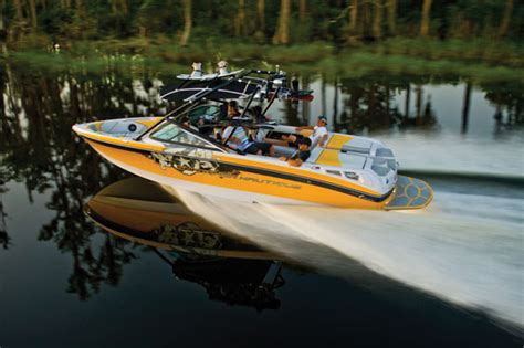 Best Ski Boat Brands by 10 Best Tow Boats For Water Skiing And Wakeboarding