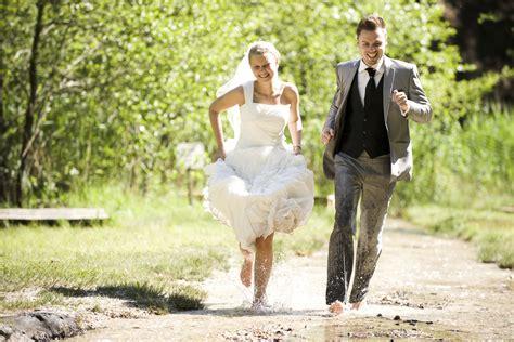 Unique wedding photography Articles Easy Weddings