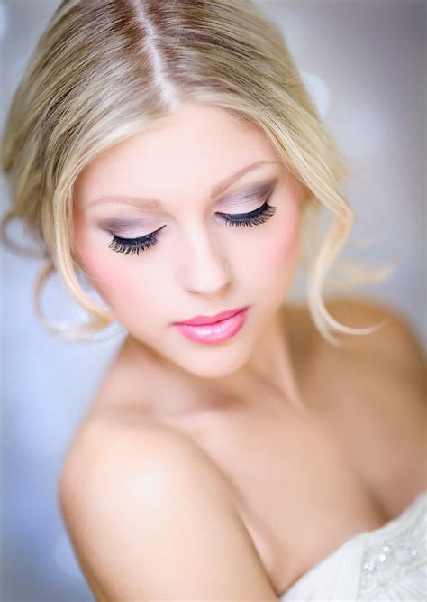 Pretty Pink Smokey Eye Makeup Looks Designs