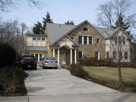 chevy chase affluence green lawns  pricey homes