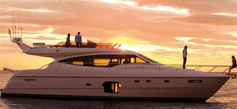 Sailing Boat Price In India by Yacht Charter In Mumbai Speedboat On Hire In Mumbai