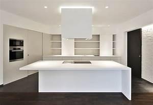 Küche Mit Küchenblock : k che mit elegantem k chenblock ~ Markanthonyermac.com Haus und Dekorationen