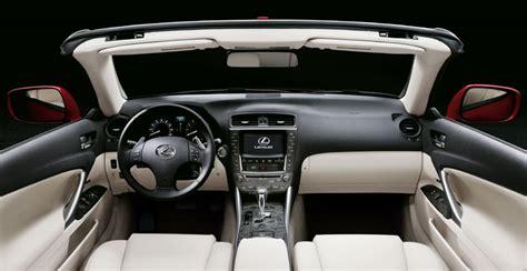 lexus   convertible  drive